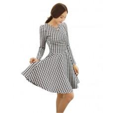 Đầm xòe họa tiết chéo đen trắng - D28106